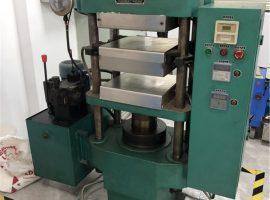 Lapos vulkanizáló gép